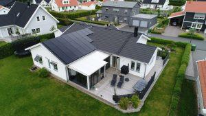Villa i Habo med solceller från Solsystem